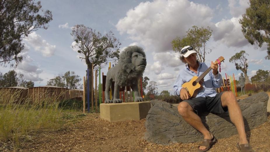 Zoo Uke